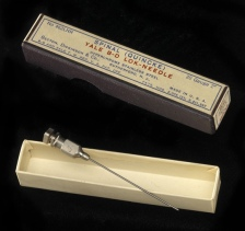 A picture of a large bore spinal syringe needle